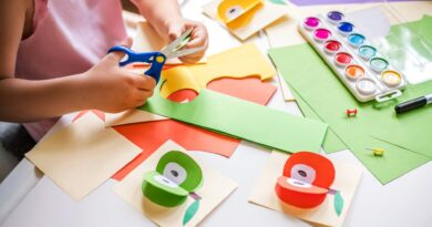 5 Reasons to Start a Children's Creativity-Focused Business